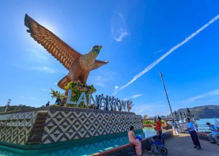 راهنمای سفر به لنکاوی ، شهر غذاهای دریایی